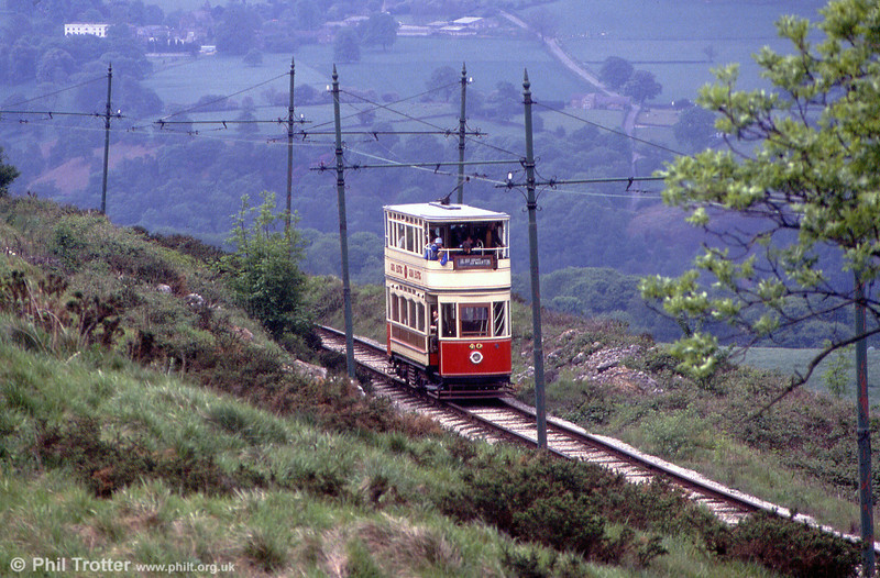 Blackpool 40 heads downhill between Glory Mine and Wakebridge on 20th May 1990.