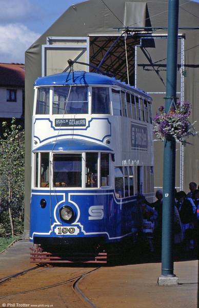 Sunderland 100/MET 331 outside its 'depot' at Dunston on the Gateshead Garden Festival Tramway on 3rd September 1990.