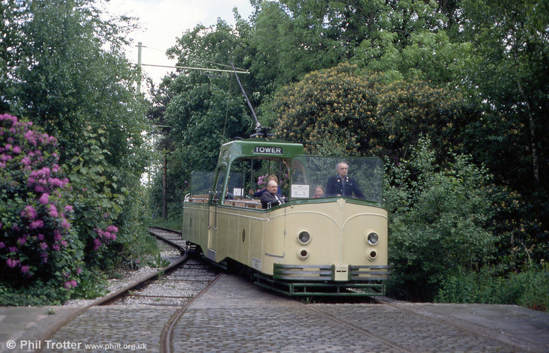 Blackpool 600 at Heaton Park's boating lake terminus on 5th June 1994. The car was built in 1934.