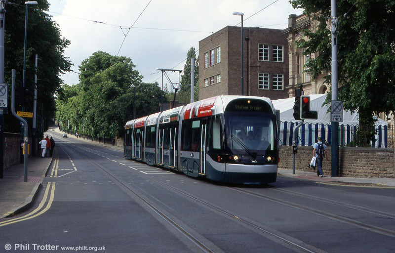 Nottingham NET 203 and a clear road, devoid of traffic near the University on 29th May 2004.