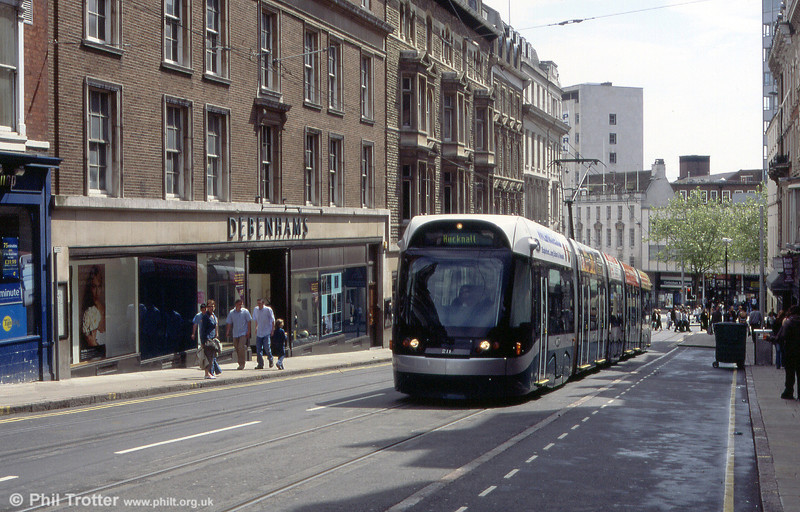 211 passes through Market Street on 29th May 2004.