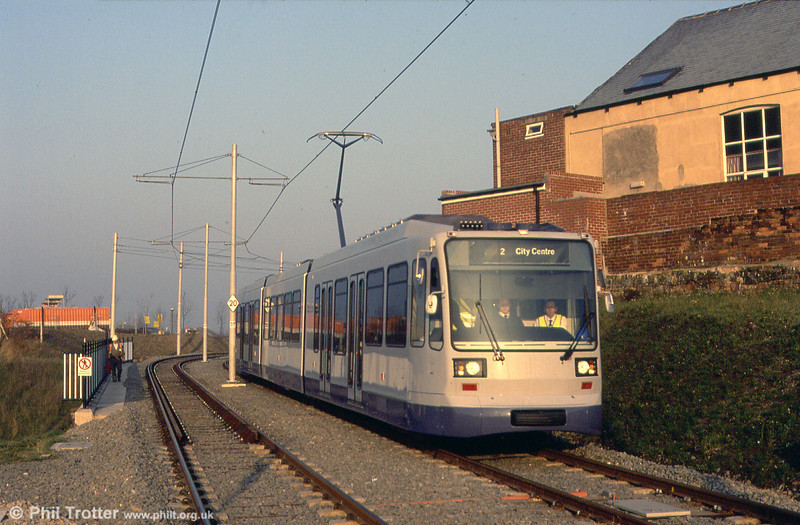 Sheffield car 02 on test at Attercliffe, 19th November 1993.