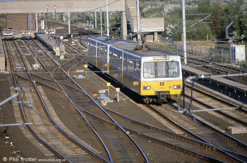 4062 at Pelaw on 3rd September 1990.