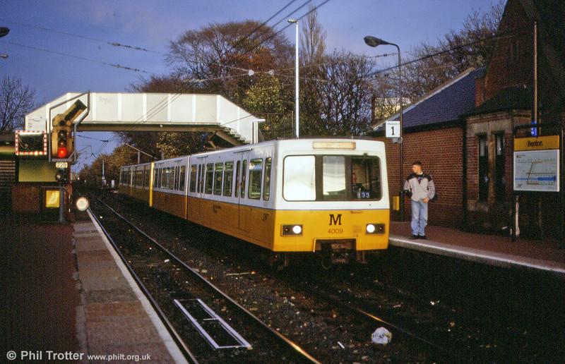 4009 calls at Benton on 5th November 1992.