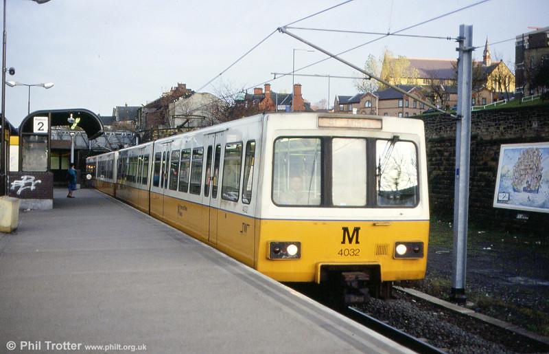 4032 at Felling on 5th November 1992.