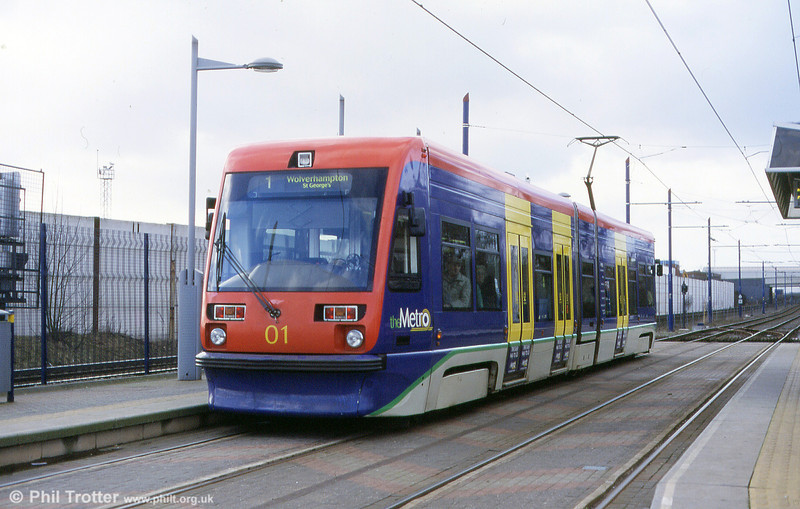 Midland Metro car 01 at Handsworth, Booth Street in 2002.