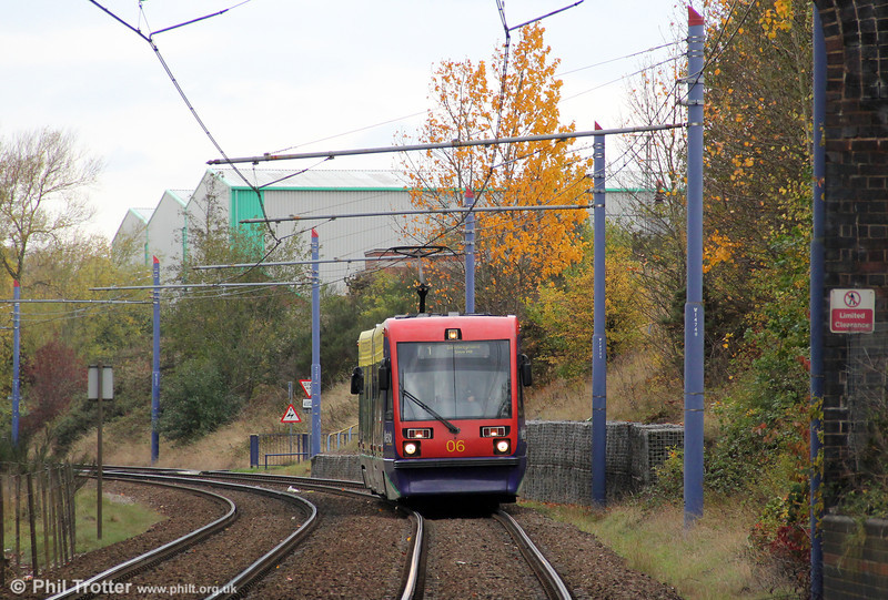 Car 06 approaches the Hawthorns en route for Birmingham on 29th October 2011.