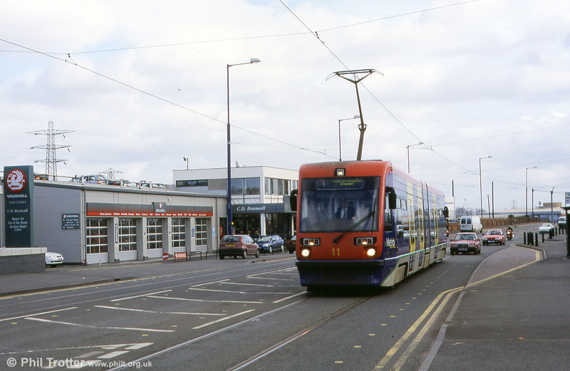 Car 11 near The Royal, Bilston road in spring 2002.