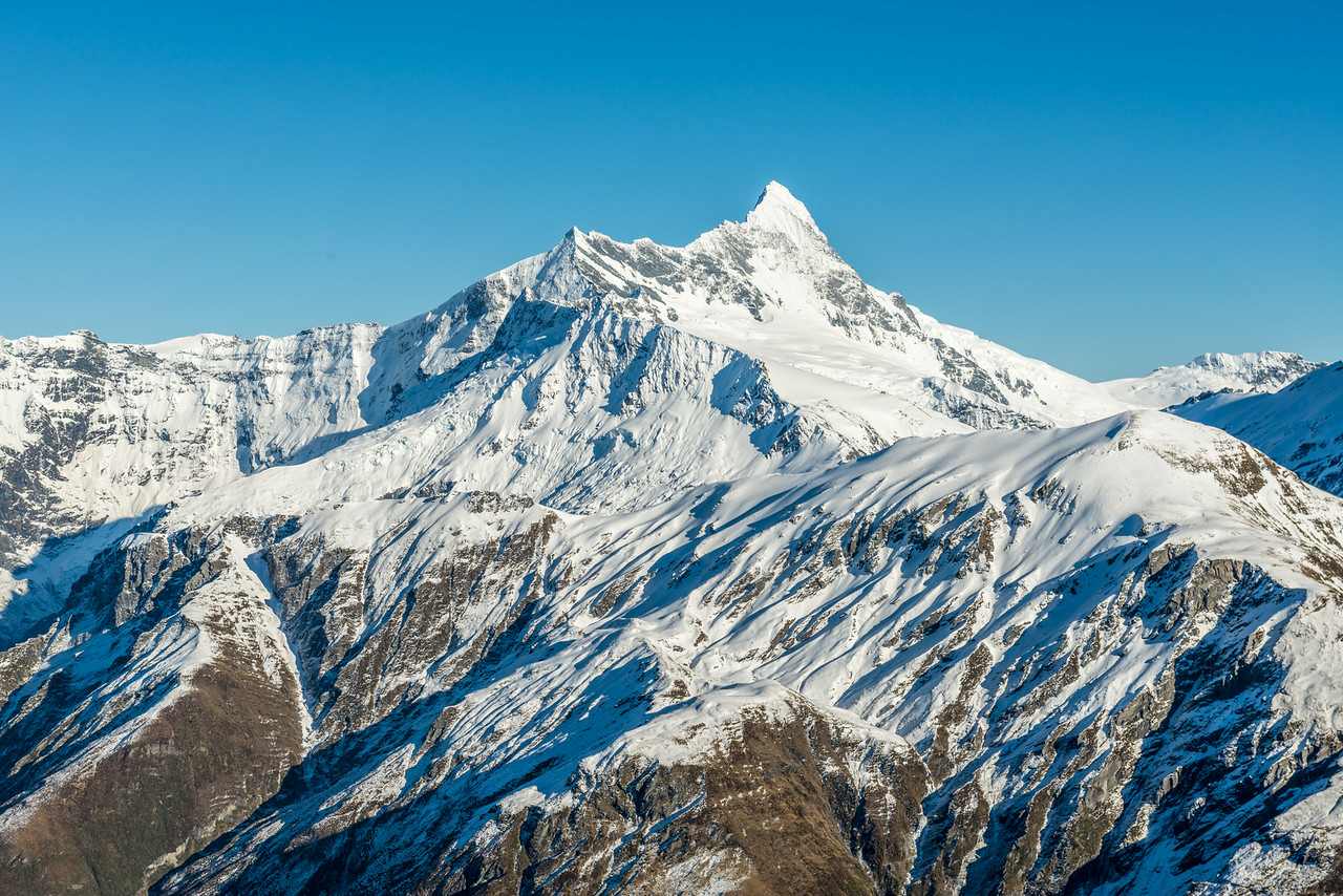 Popes Nose and Mount Aspiring / Tititea from the tops north of Albert Burn Saddle. Sisyphus Peak in the far right foreground