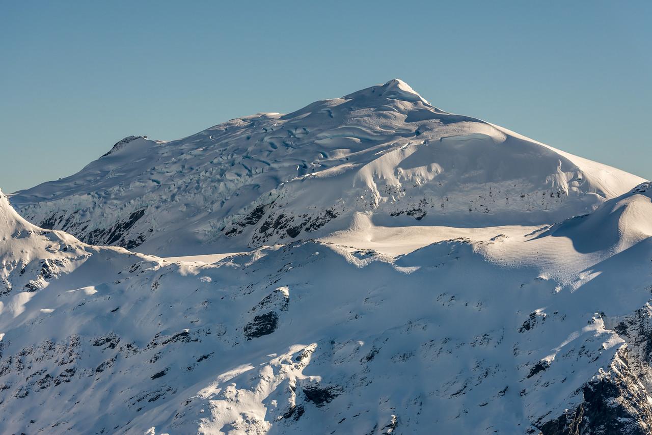 Glacier Dome from Pt 1854m north of Albert Burn Saddle
