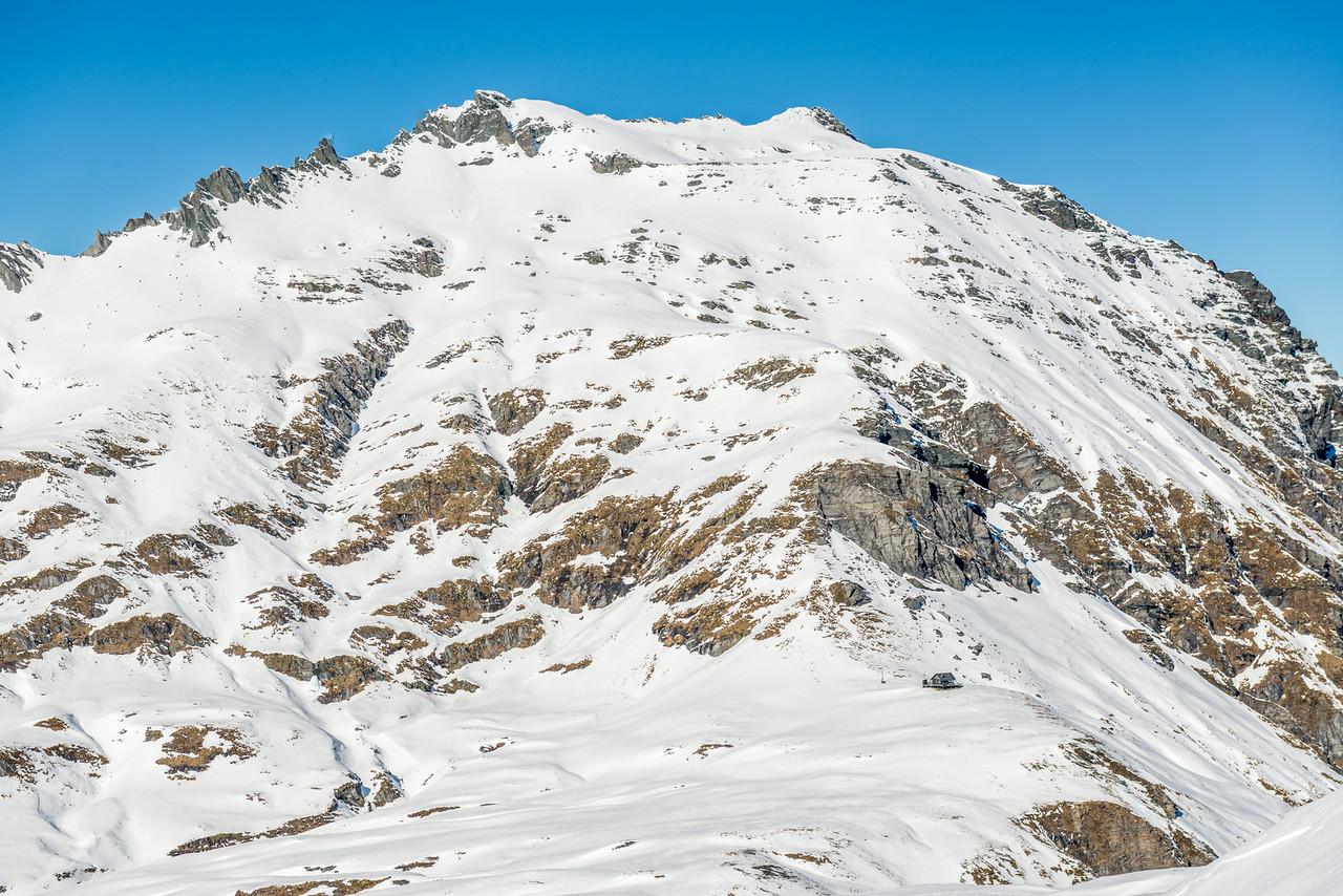 Albert Burn Saddle and Dragonfly Peak