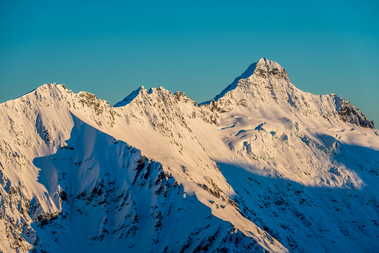 The top of Ruth Ridge and Pickelhaube from Pt 1854m north of Albert Burn Saddle