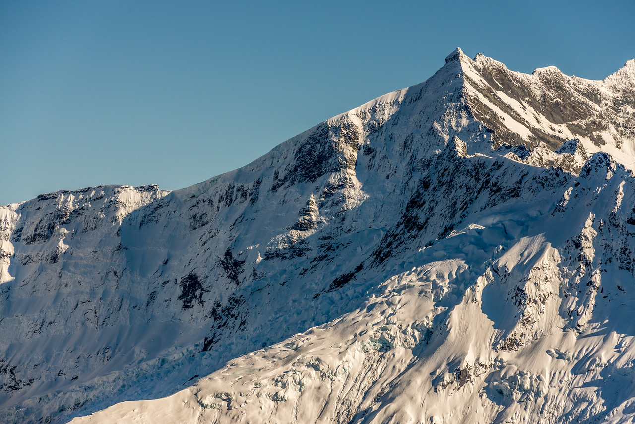 The east face of Popes Nose from Pt 1854m north of Albert Burn Saddle