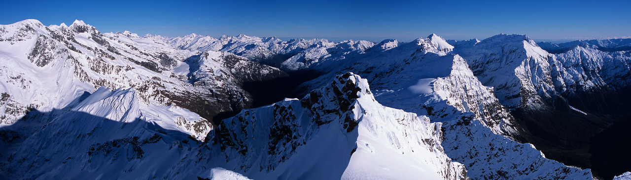 Panorama from the summit of Mount Barff