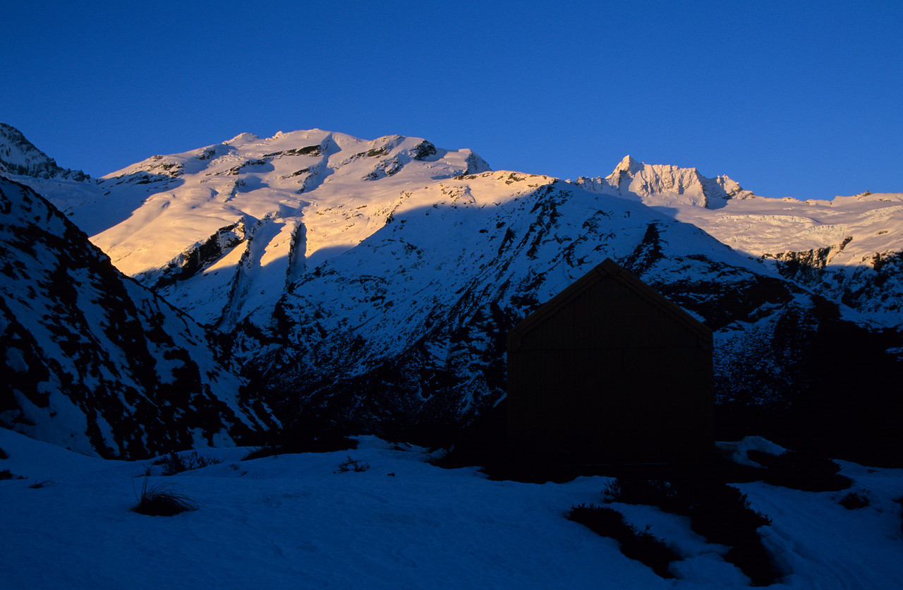 Liverpool Hut. The Quarterdeck and Mt Avalanche at sunset