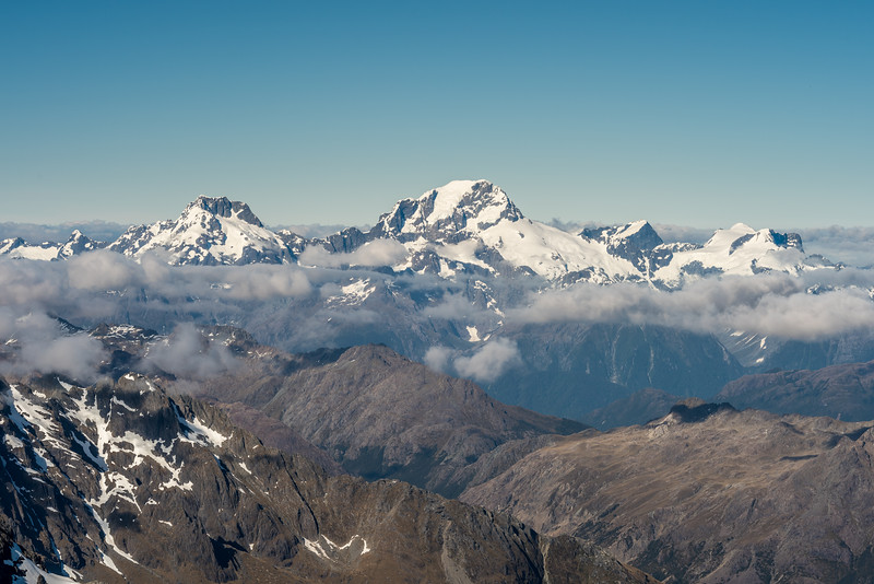 Mount Syme, Mount Madeline, Mount Tutoko, Mount Grave, Paranui Peak and Mount Parariki from Climax Peak