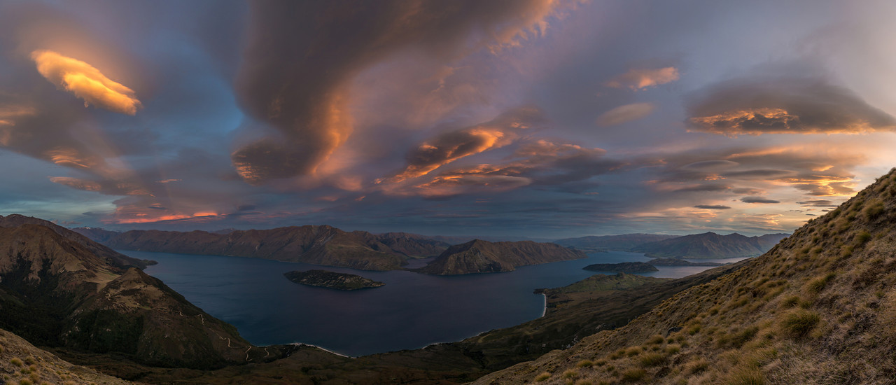 Sunset on Daniels Spur, high above Lake Wanaka