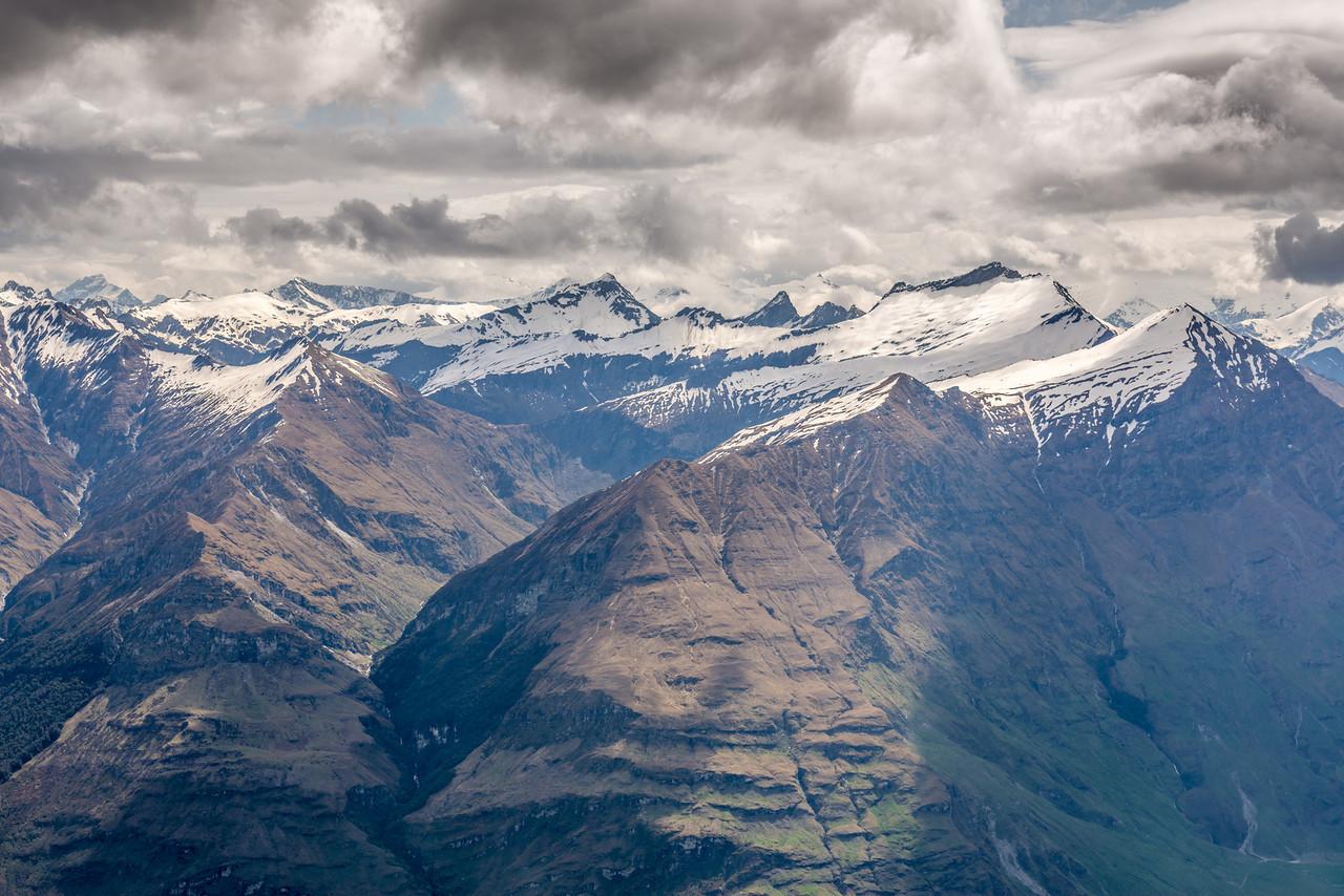 View west from the Buchanan High Peak: Craigroyston Peak, Sharks Tooth Peak, Fog Peak, Niger Peak