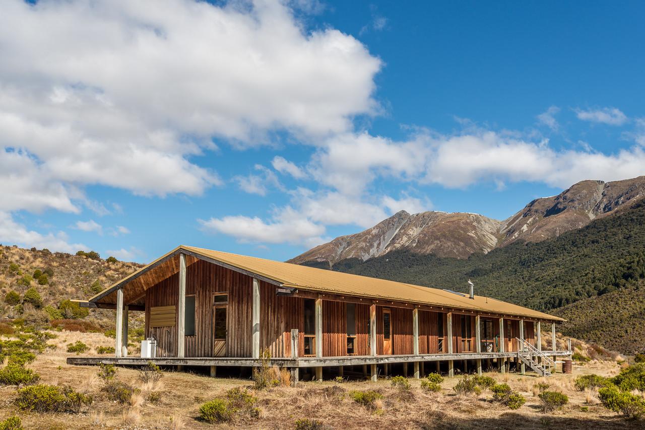 Steele Creek Lodge, Greenstone Valley