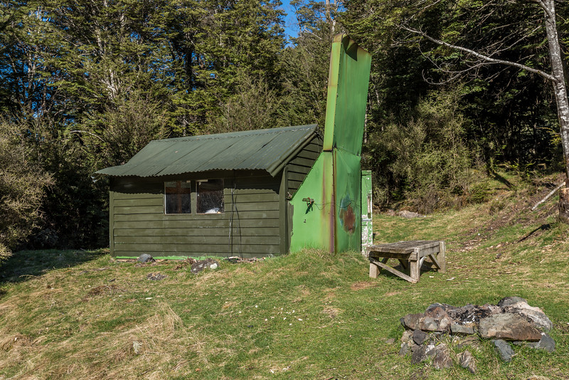 Slip Flat Hut, near the confluence of the Greenstone River and Slip Stream