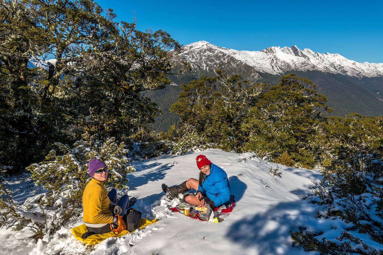 Lunch on the SW ridge of Castle Hill, still below bushline