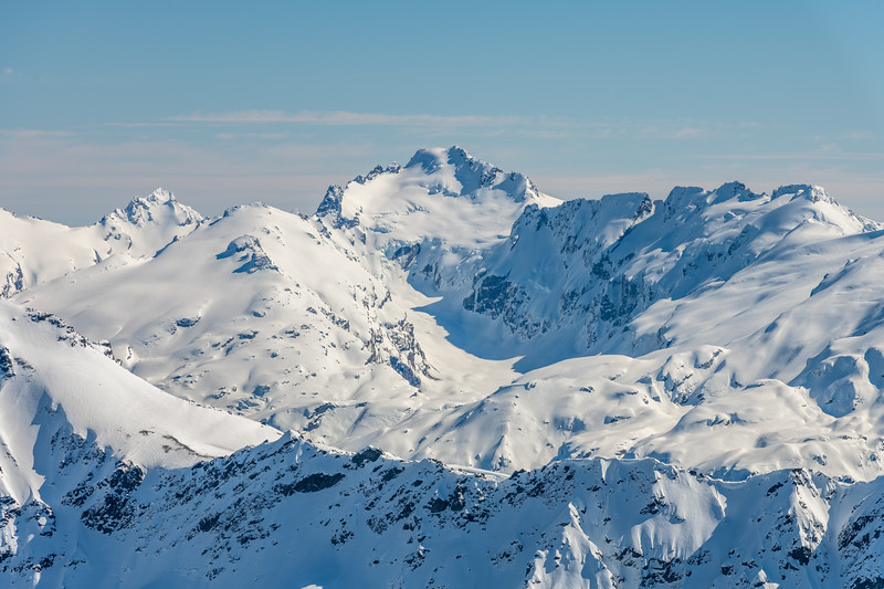 Mallory Peak, Hedin Peak, Albert Peak and the Barrier Range from Cleft Peak. The Margaret Glacier is at centre image.