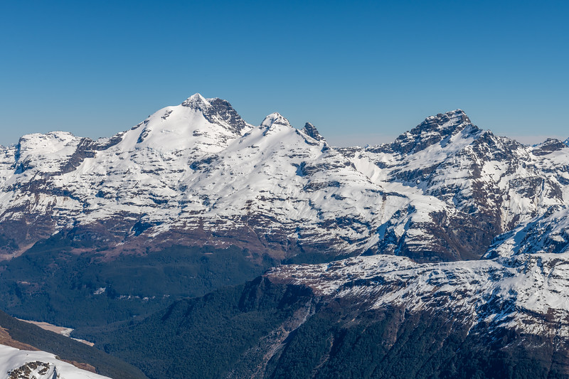 Forbes Mountains from the summit of Cleft Peak. From left to right are Turret Head, Mount Earnslaw, O'Leary Peak, Pluto Peak, Sir William Peak.