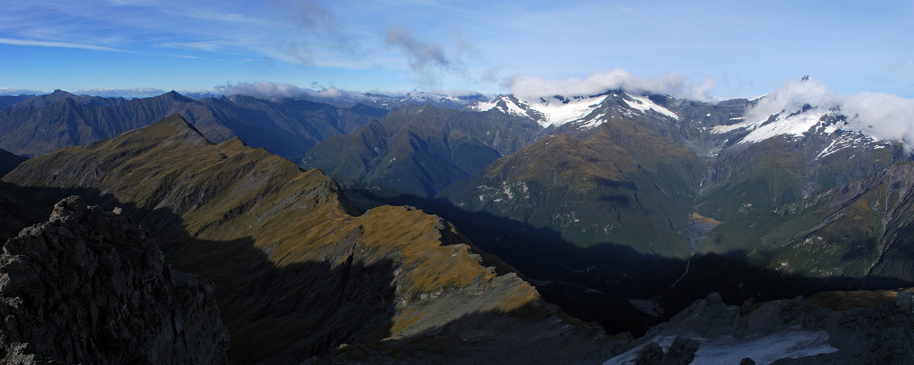 Looking south-west from Dragonfly Peak. The ridge to Mt Eostre is in the foreground, the Kitchener River to the right.