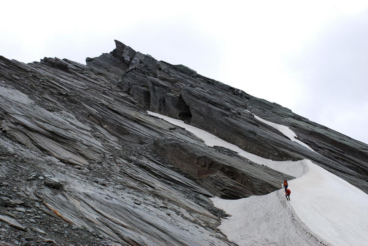 Descending the southern slopes of Mt Eostre