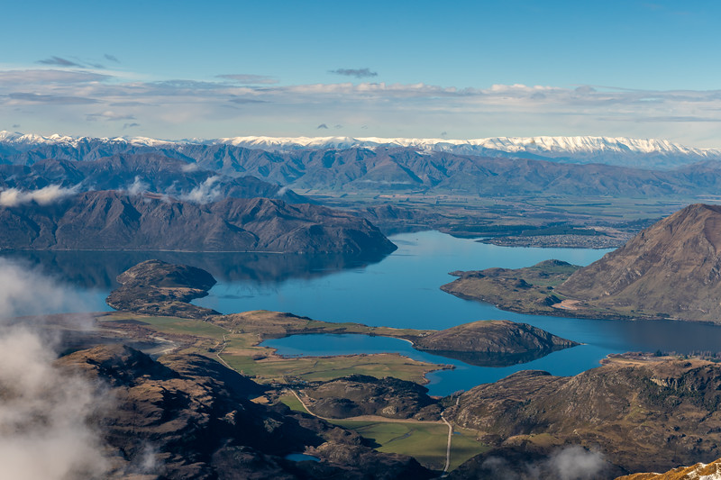 View of Lake Wanaka from the ridge between Treble Cone and End Peak.