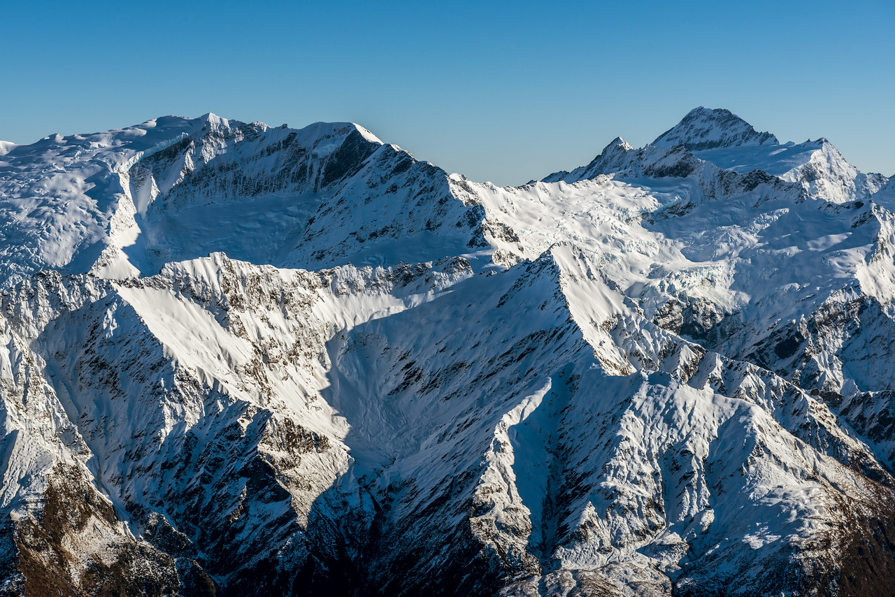 Rob Roy Peak, Mount Avalanche and Mount Aspiring from the slopes of Fog Peak. Homestead Peak is in the foreground