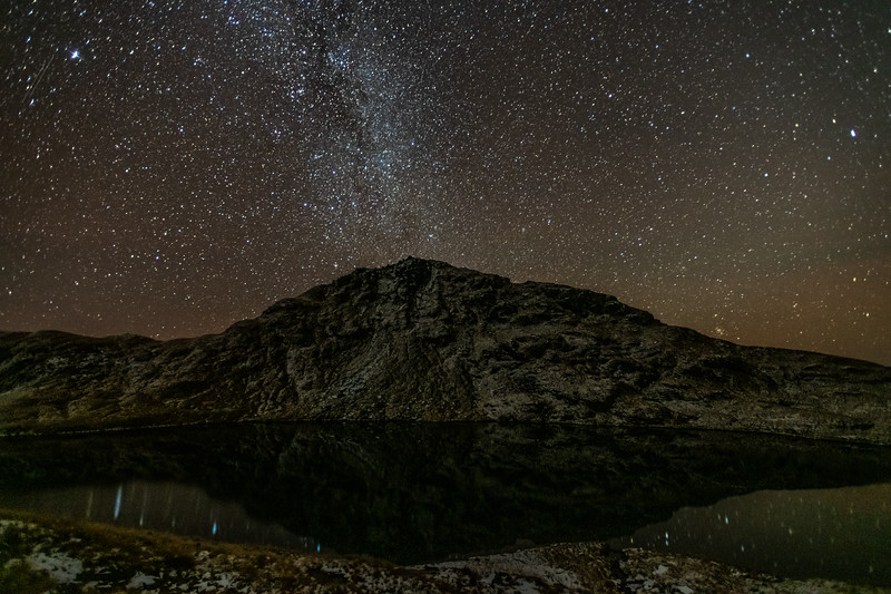 Milky Way above Lake Greaney and Mount Heveldt