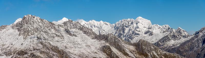 Panorama from Pt 1643m, Haast Range.