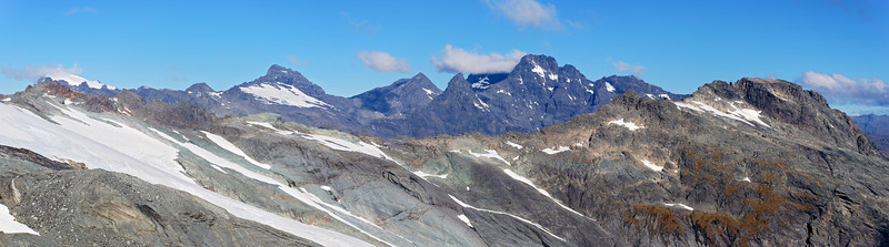 The Forbes Mountains from the north ridge of Amphion Peak. Mount Chaos in the foreground on the far right.