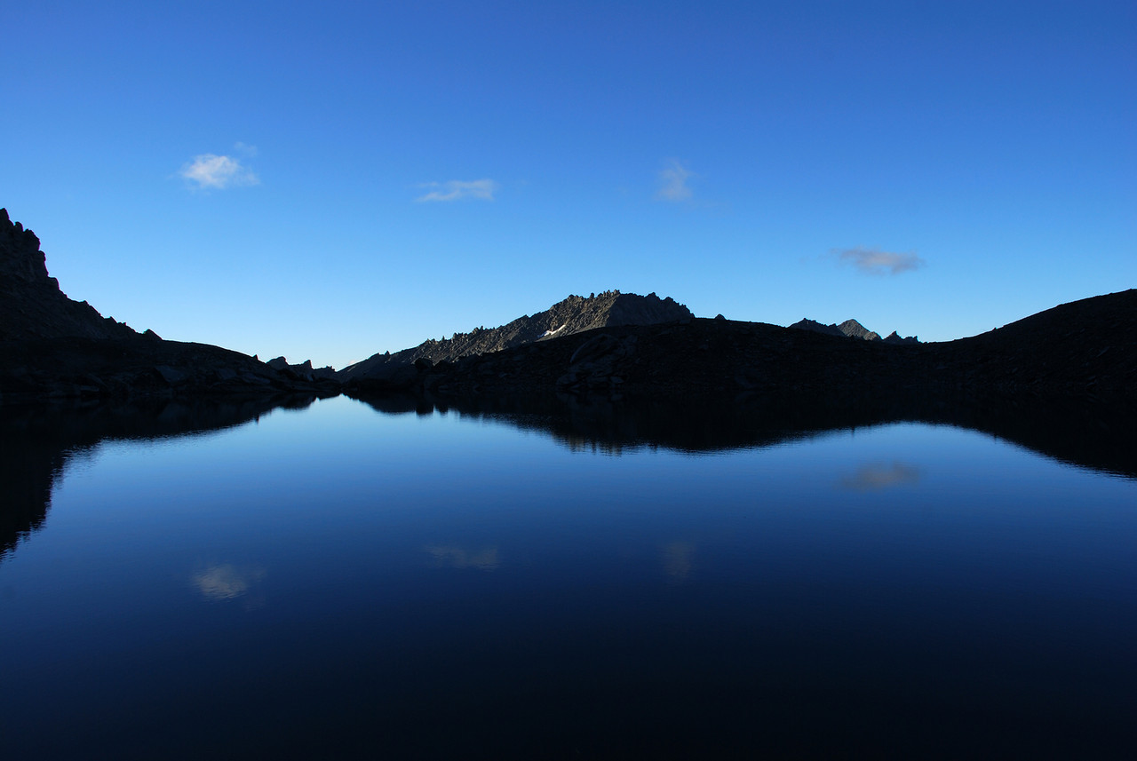 Lake at 2120m of elevation at the head of Glencairn Creek, on the northern slope of the Centaur Peaks