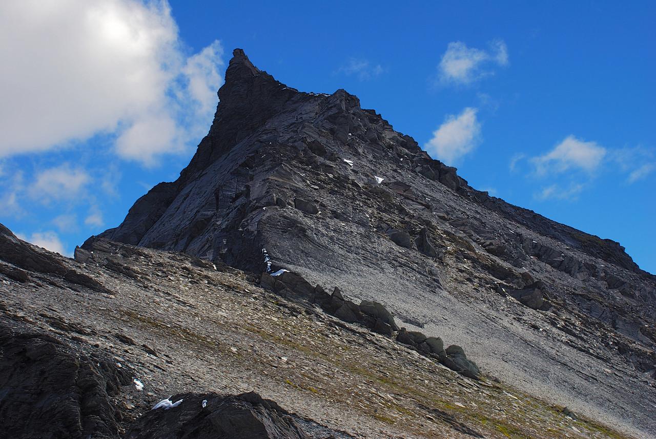 Looking up the east ridge of unnamed peak 2176m north of Lochnagar