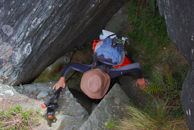 Climbing out of the Goatel rock biv, Lake Creek