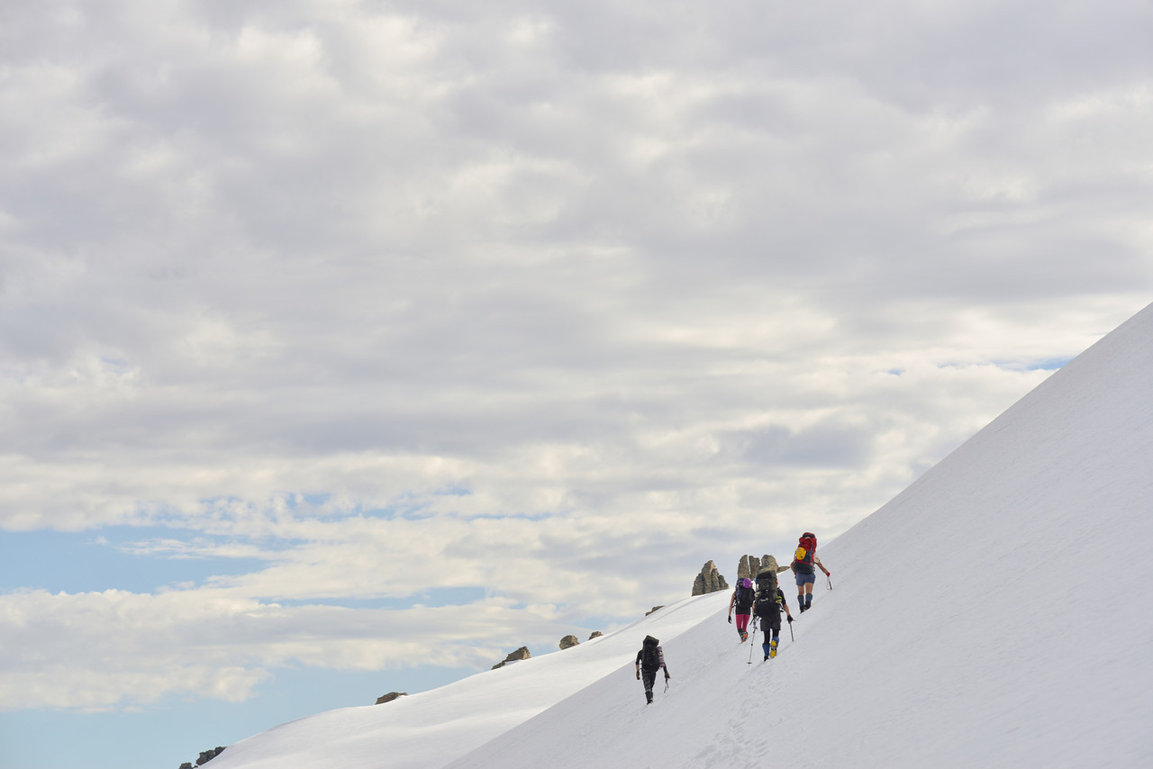 Traversing from O'Leary Pass to the Marion Plateau