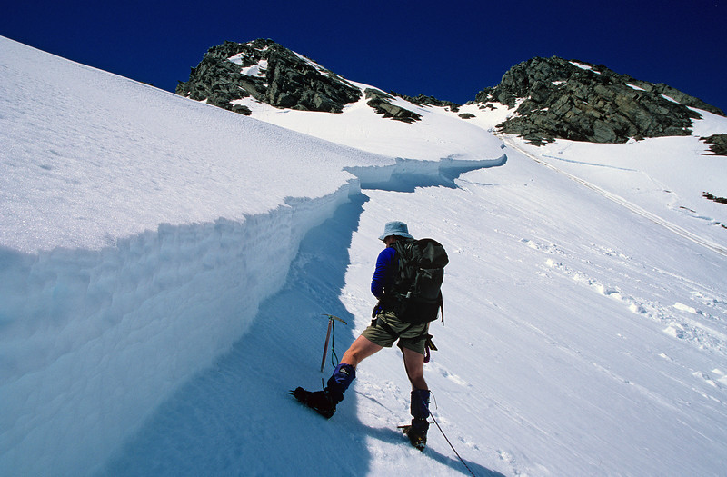 Slab avalanche on the south west ridge of Mt Barff