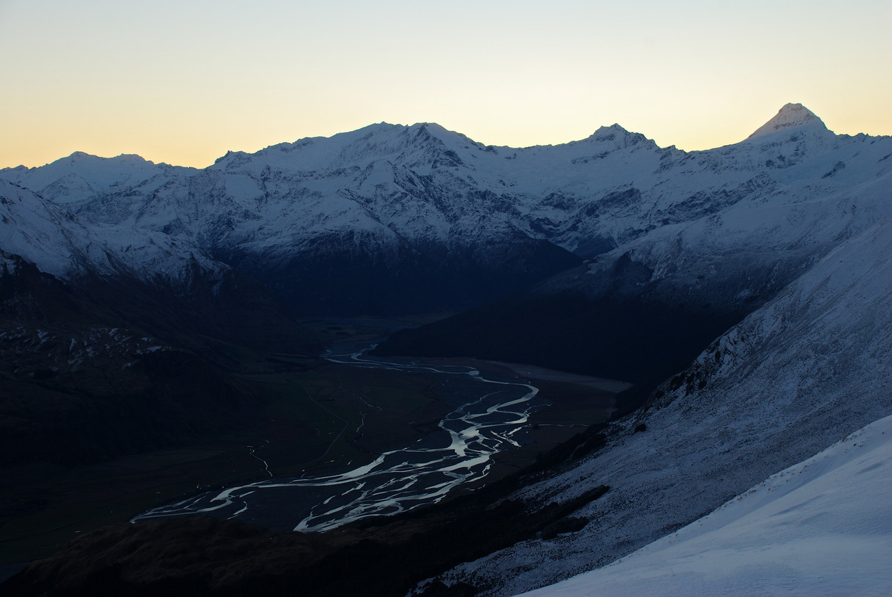 View from Round Hill Spur: Mounts Edward and Maoriri, Rob Roy Peak, Mount Avalanche and Mount Aspiring. The Matukituki River below.