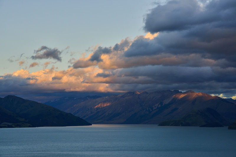 Lake Hawea at sunset