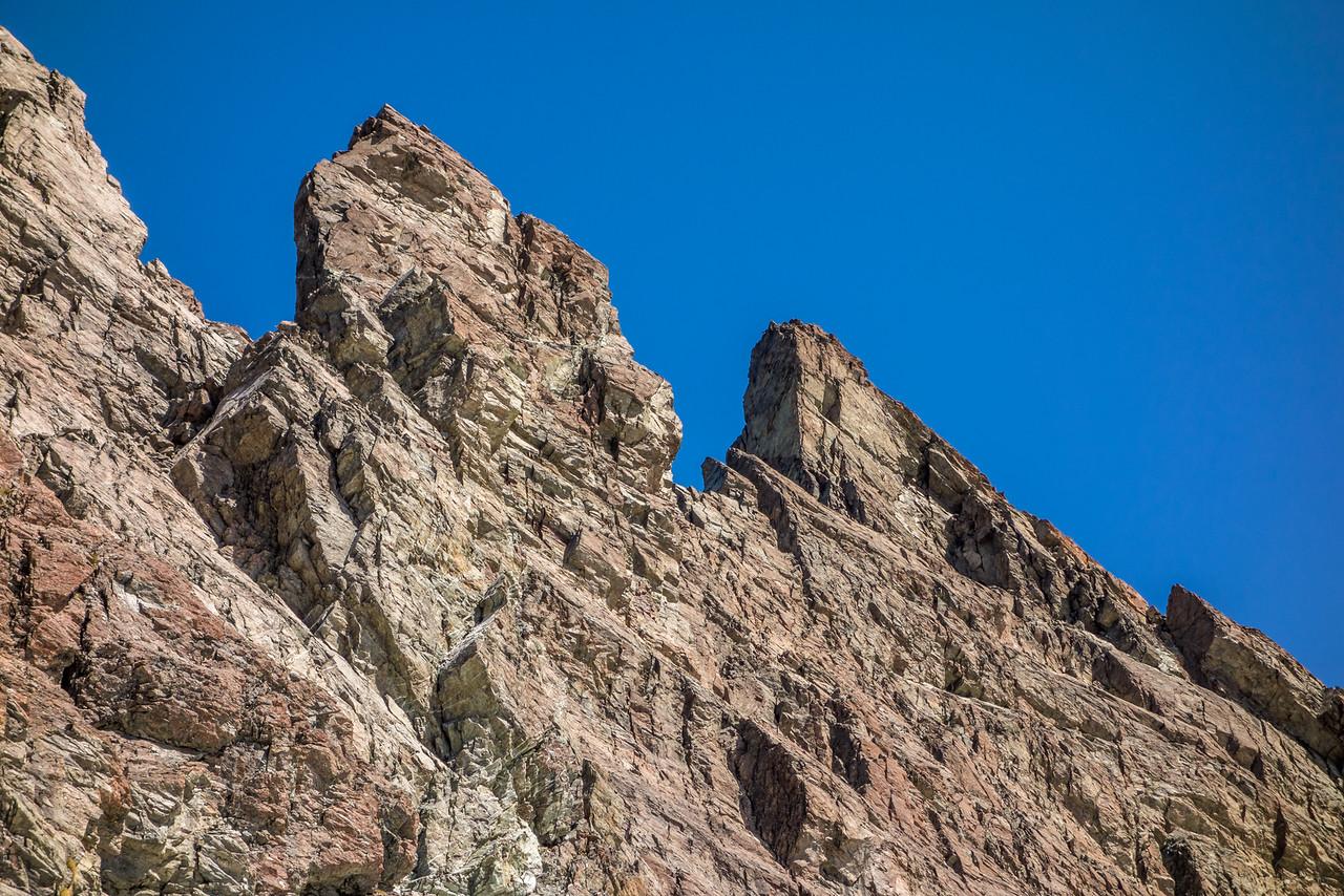 More gendarmes on the south-east ridge of Mount Bonpland