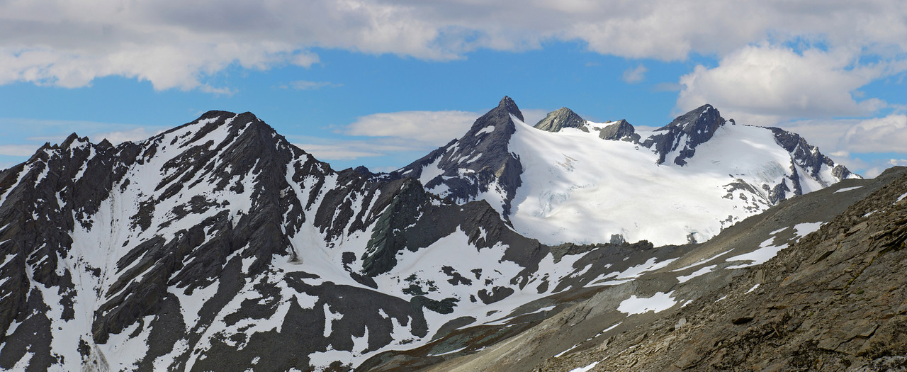 Richardson Mountains: Lapith Peak and the Centaur Peaks from the top of Broad Spur.