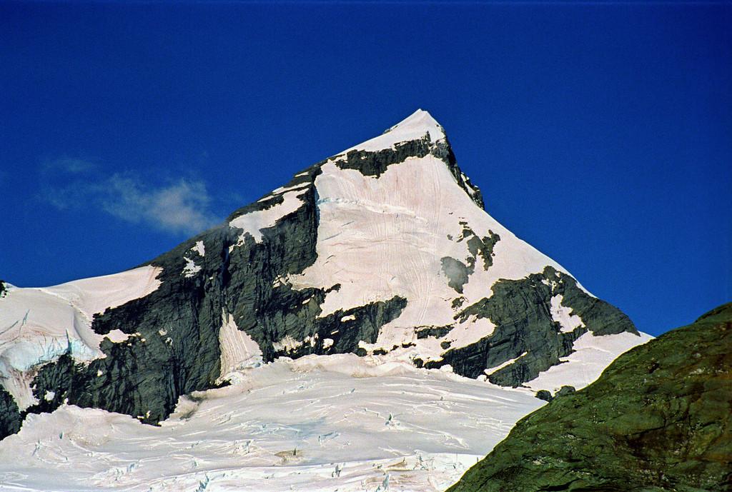 Mt Aspiring from Bevan Col