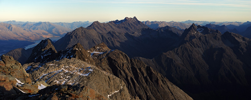 Looking south from the summit of Somnus. Momus is on the left in front of Lake Wakatipu, Mt Bonpland at centre image, and unnamed peak 2117m to the right, with Jane Peak behind.