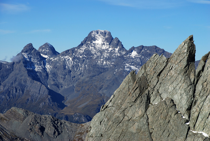 Pluto Peak, O'Leary Peak and Mt Earnslaw West Peak from high up on Somnus