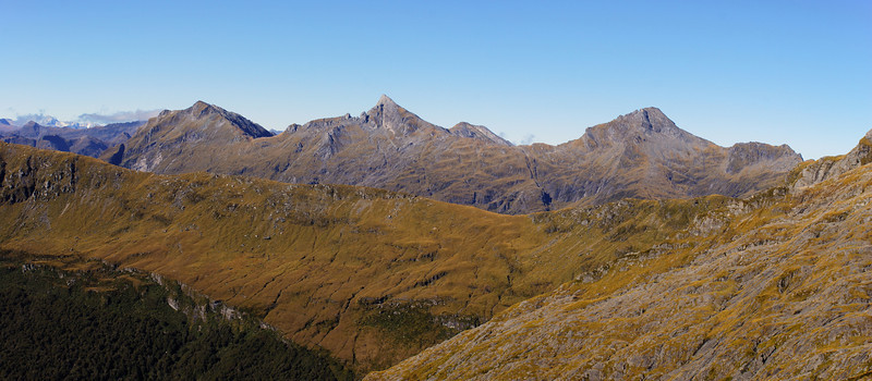 Looking south east over the Howe Crags from the slopes of Mt Franklin, Browning Range: Mt Actor, Eyetooth and Misty Peak
