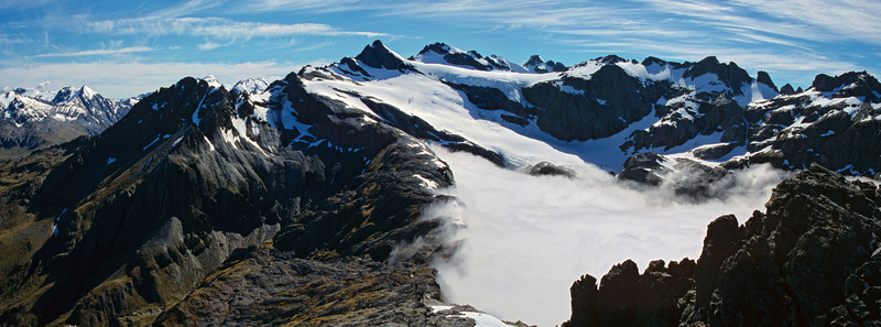 Panorama from Brenda Peak. Irvine Peak and Mallory Peak above the Merkl Glacier