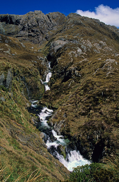The stream draining the Fohn Lakes