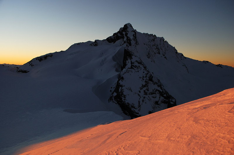 Dawn on Mt Avalanche from Quarterdeck Pass